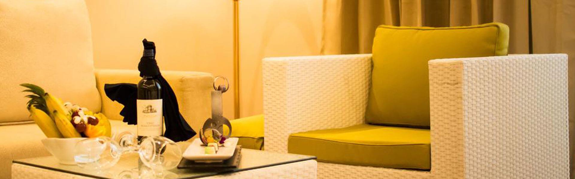 The Golden Crown Hotel - Junior Suite