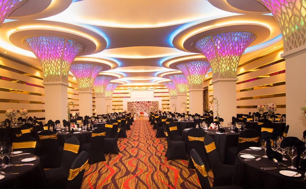 The Golden Crown Hotel - Windsor Ballroom